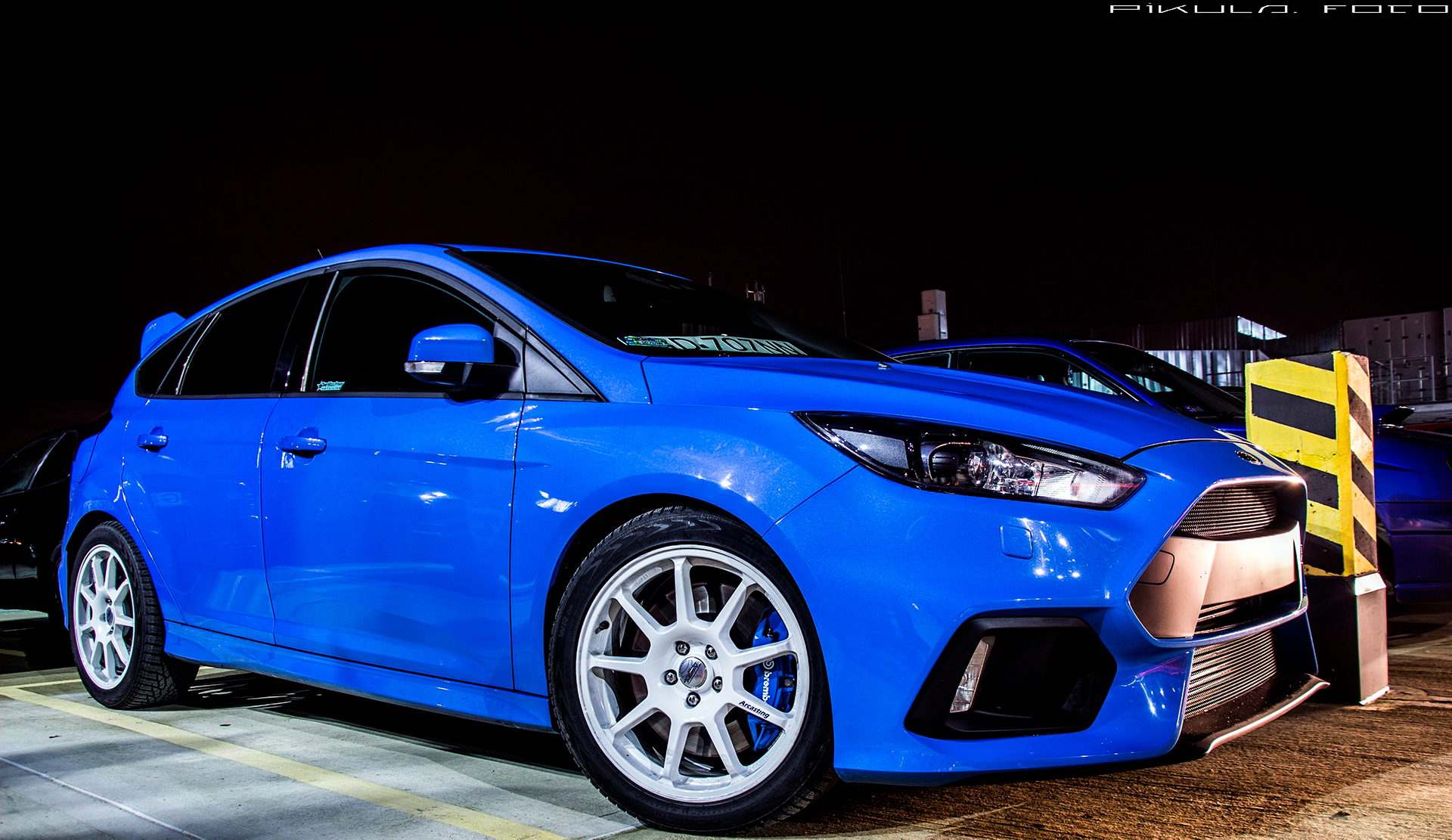 Ford Focus RS 18 wheels